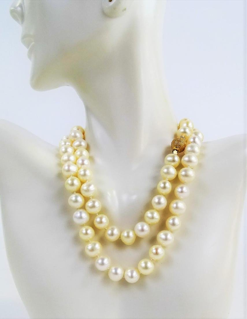"""ESTATE 14K YELLOW GOLD 22"""" NATURAL PEARL NECKLACE"""