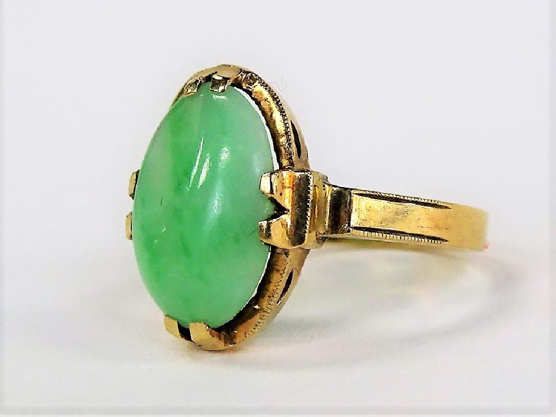 10KT YELLOW GOLD AND JADE LADIES RING - 3