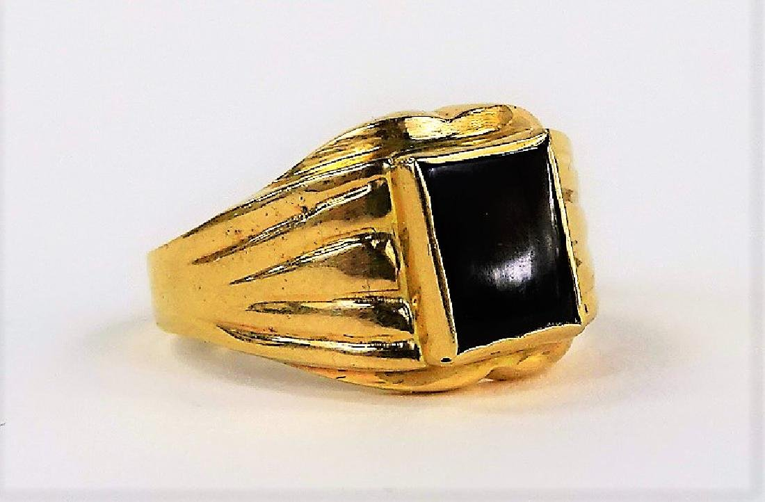GENTS 14KT YELLOW GOLD AND ONYX RING - 3
