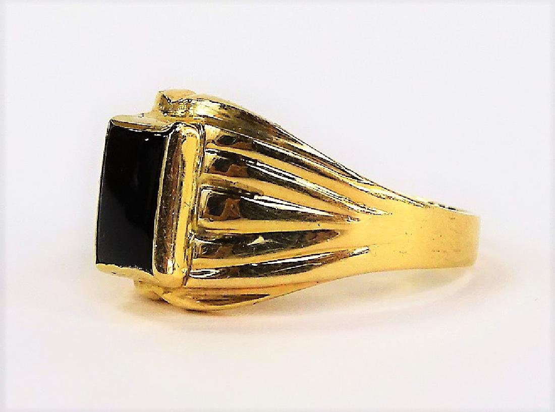 GENTS 14KT YELLOW GOLD AND ONYX RING - 4