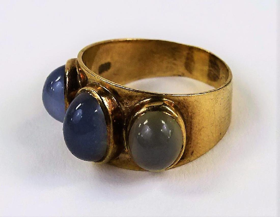 ANTIQUE 9K GOLD & MOON STONE CABOCHON RING - 3