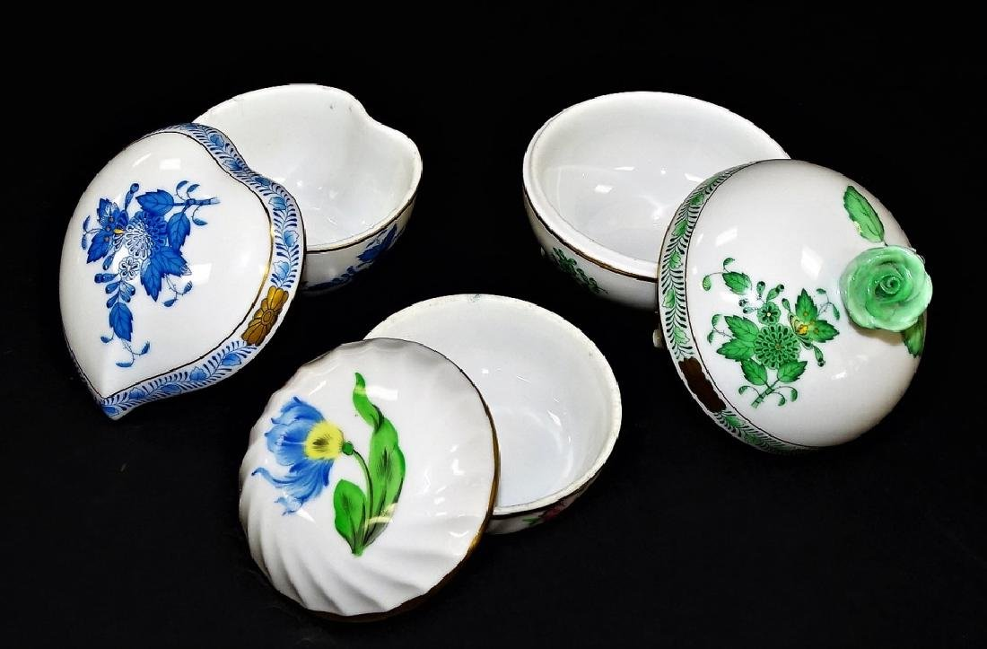 3 HEREND HAND PAINTED LIDDED PORCELAIN BOXES - 2