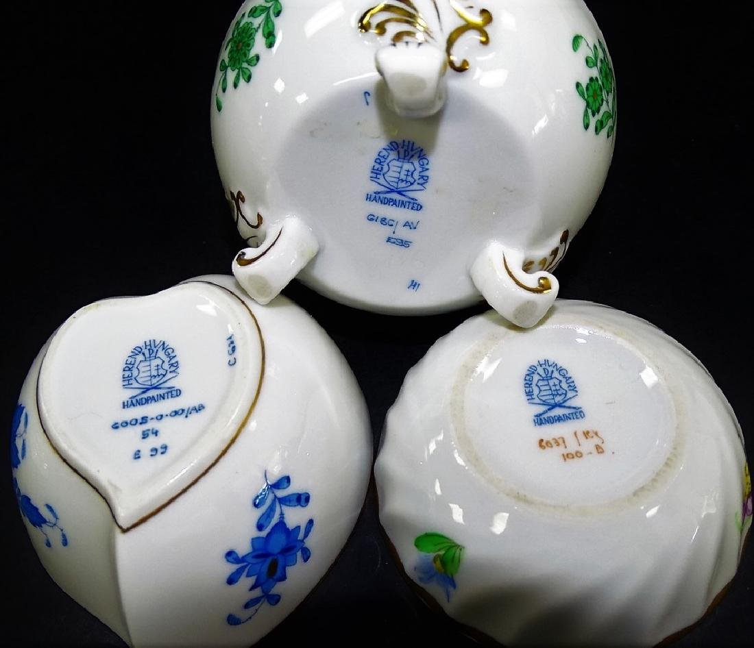 3 HEREND HAND PAINTED LIDDED PORCELAIN BOXES - 3