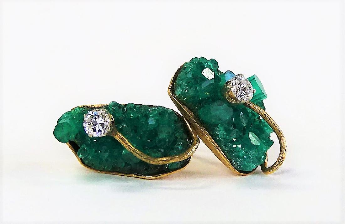 14KT Y GOLD EMERALD AND DIAMOND EARRINGS