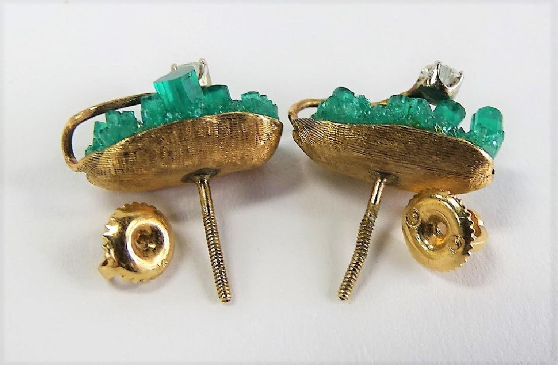 14KT Y GOLD EMERALD AND DIAMOND EARRINGS - 2