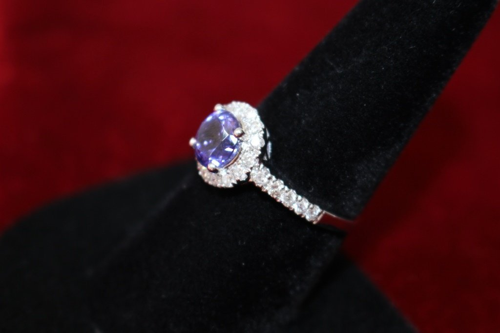 14KT WHITE GOLD TANZANITE AND DIAMOND RING - 2