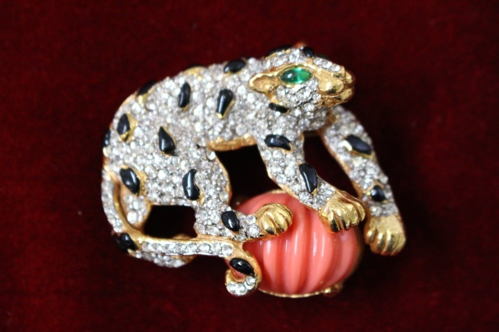 VINTAGE KENNETH J LANE LEOPARD BROOCH