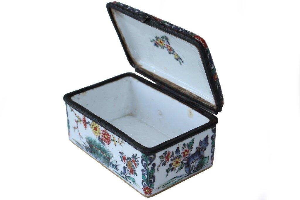 19TH CENTURY FRENCH ORIENTALIST ENAMELED BOX - 4