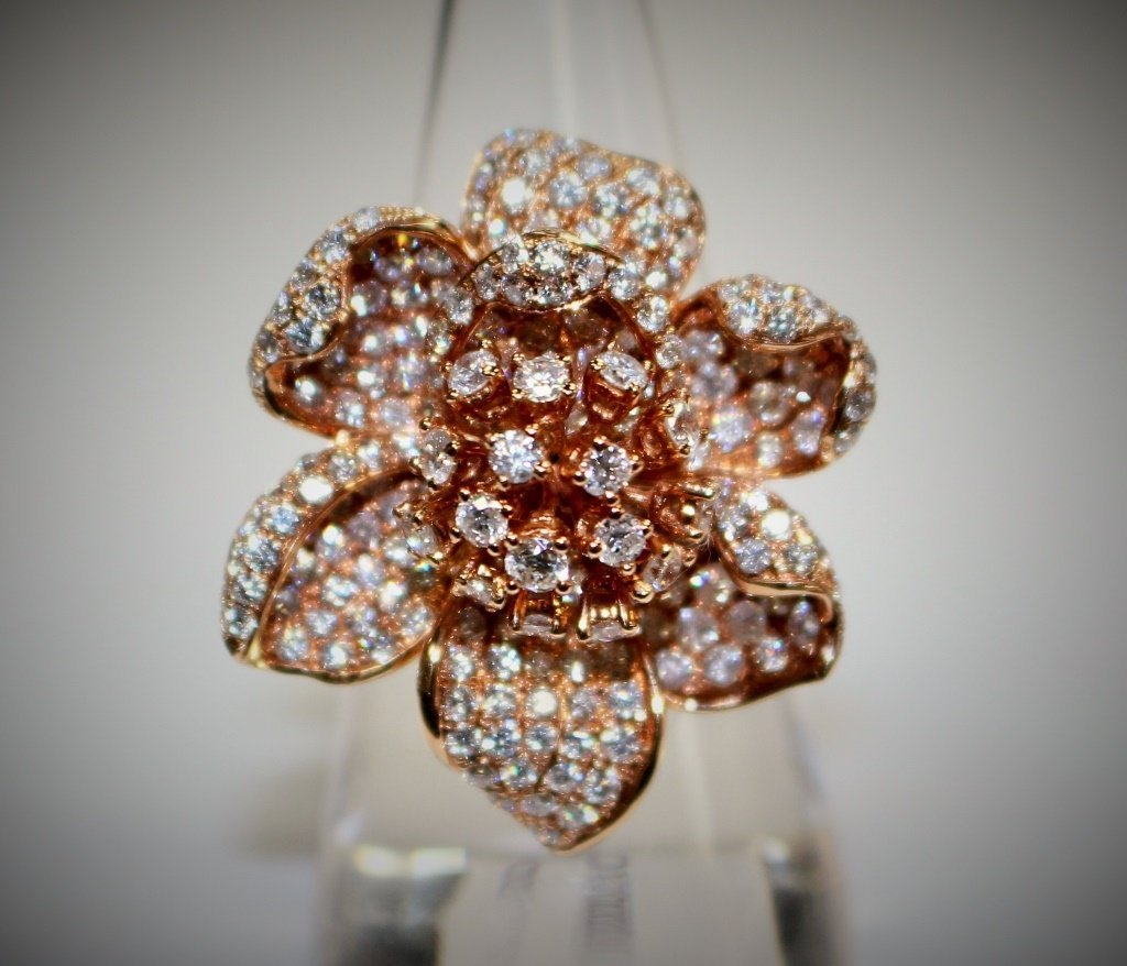 18KT ROSE GOLD & 4CT DIAMOND FLORAL RING