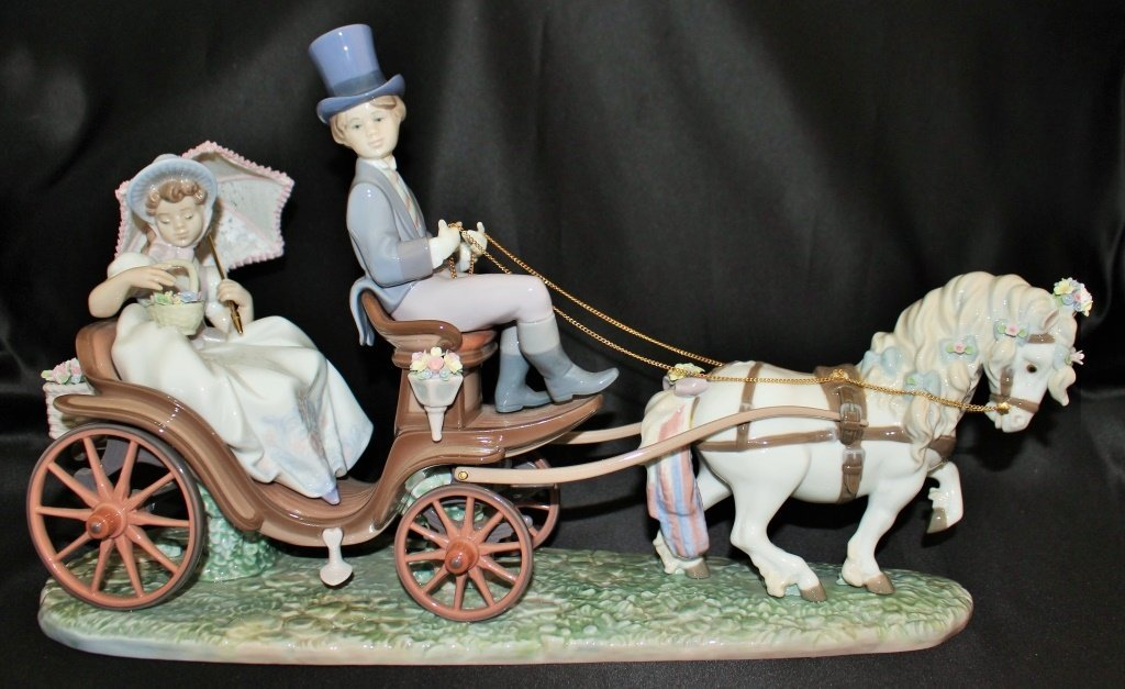 "LARGE LLADRO ""THROUGH THE PARK"""