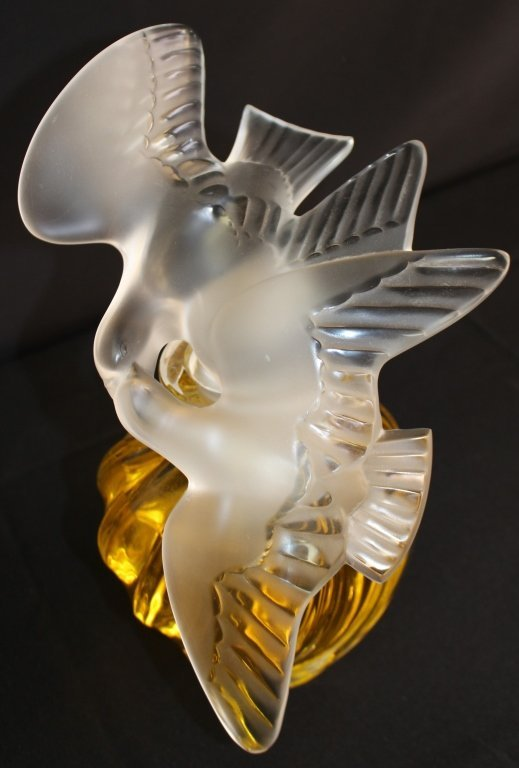 LALIQUE NINA RICCI FACTICE PERFUME BOTTLE