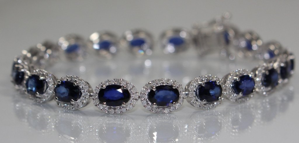 WONDERFUL 14KT GOLD SAPPHIRE & DIAMOND BRACELET