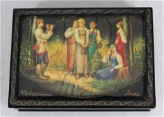 VINTAGE RUSSIAN LACQUER BOX OF A FLUTE PLAYER