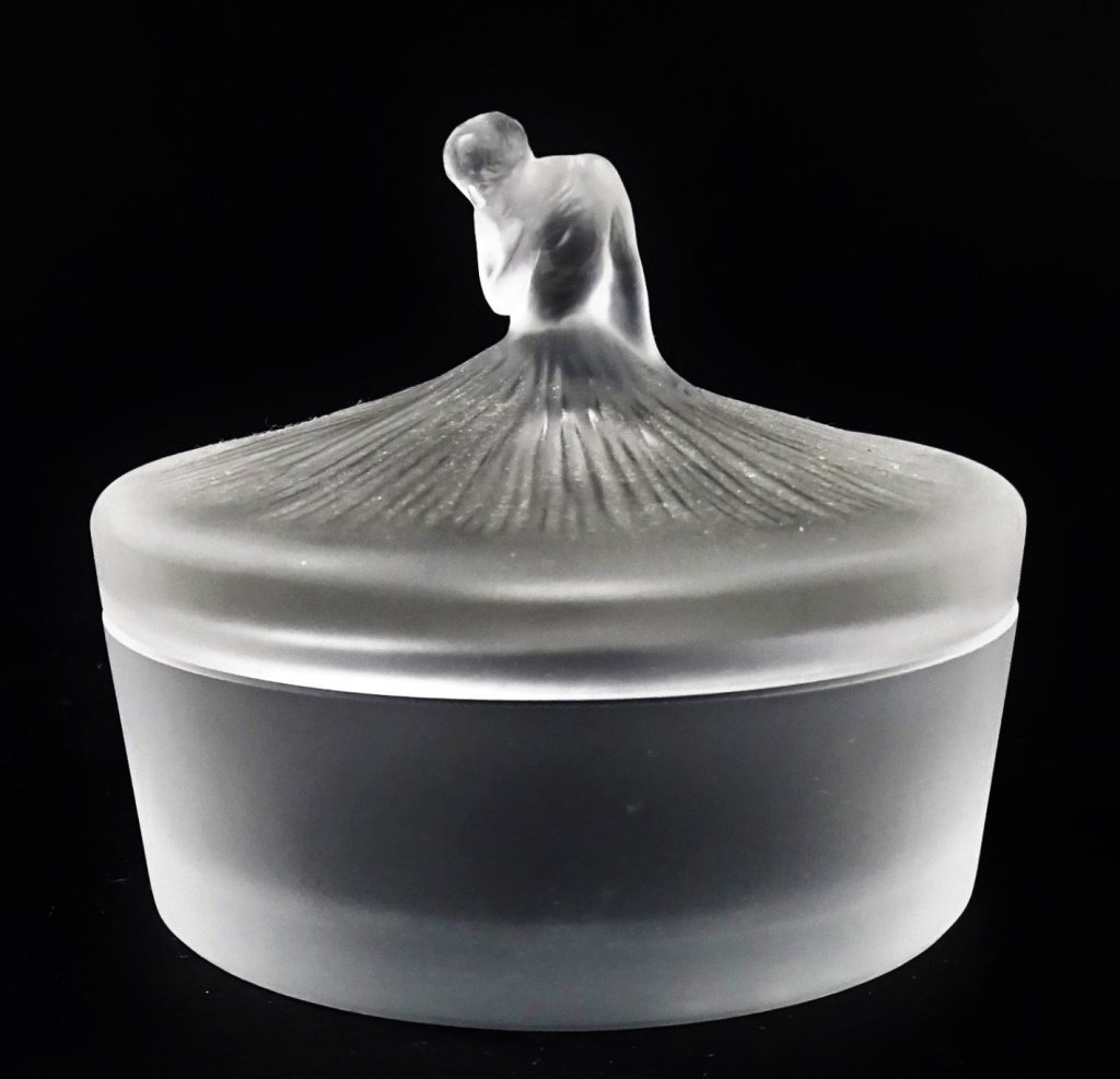 LALIQUE FRANCE 'DEGAS' MOLDED CRYSTAL POWDER BOX