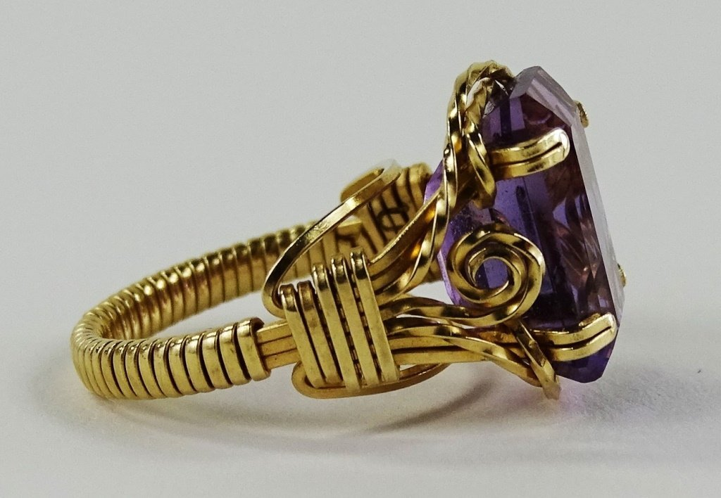 LADIES 14KT YELLOW GOLD AMETHYST RING - 3