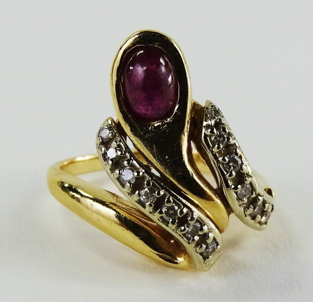 14KT Y GOLD DIAMOND & CABACHON RUBY LADIES RING