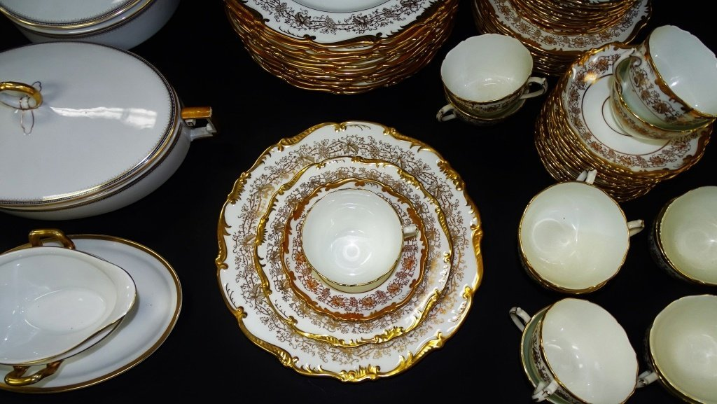 63PC COALPORT 'HAZELTON' PARTIAL DINNER SERVICE - 2