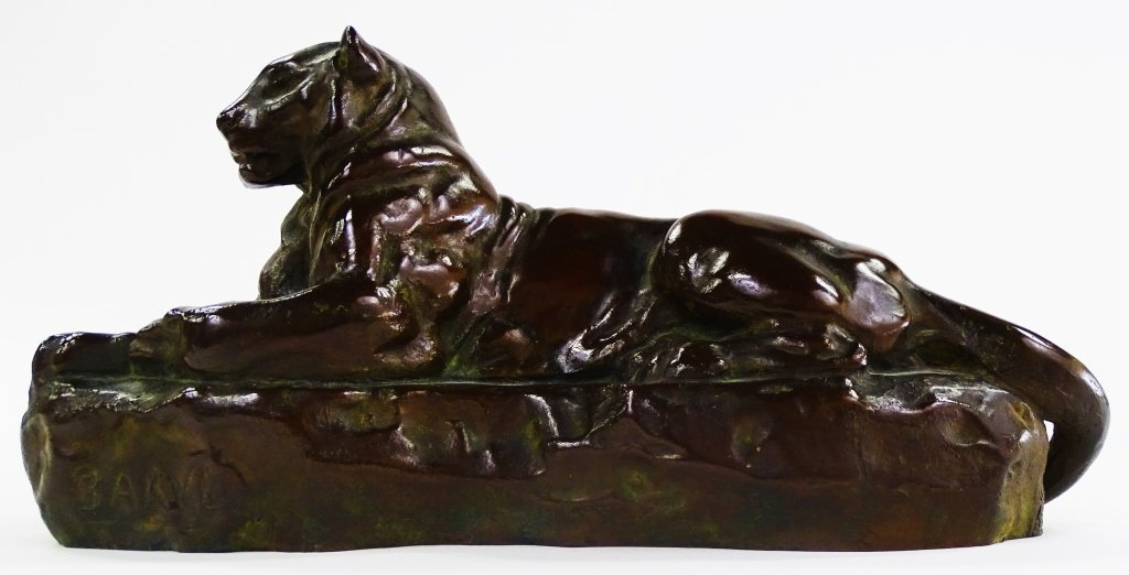 PATINATED BRONZE CAST SCULPTURE OF PANTHER