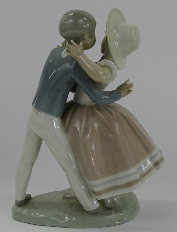 LLADRO SPANISH PORCELAIN 'WALTZ TIME' FIGURE #4856 - 3