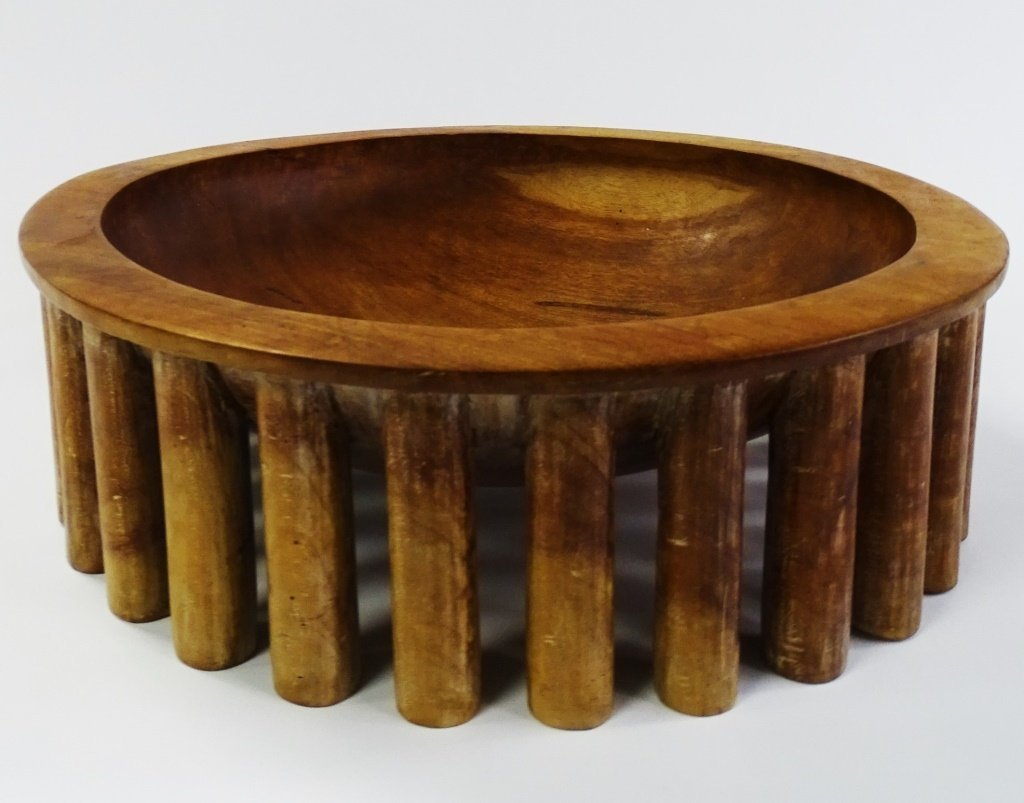 HAND CARVED 1937 WOODEN COLUMN BOWL