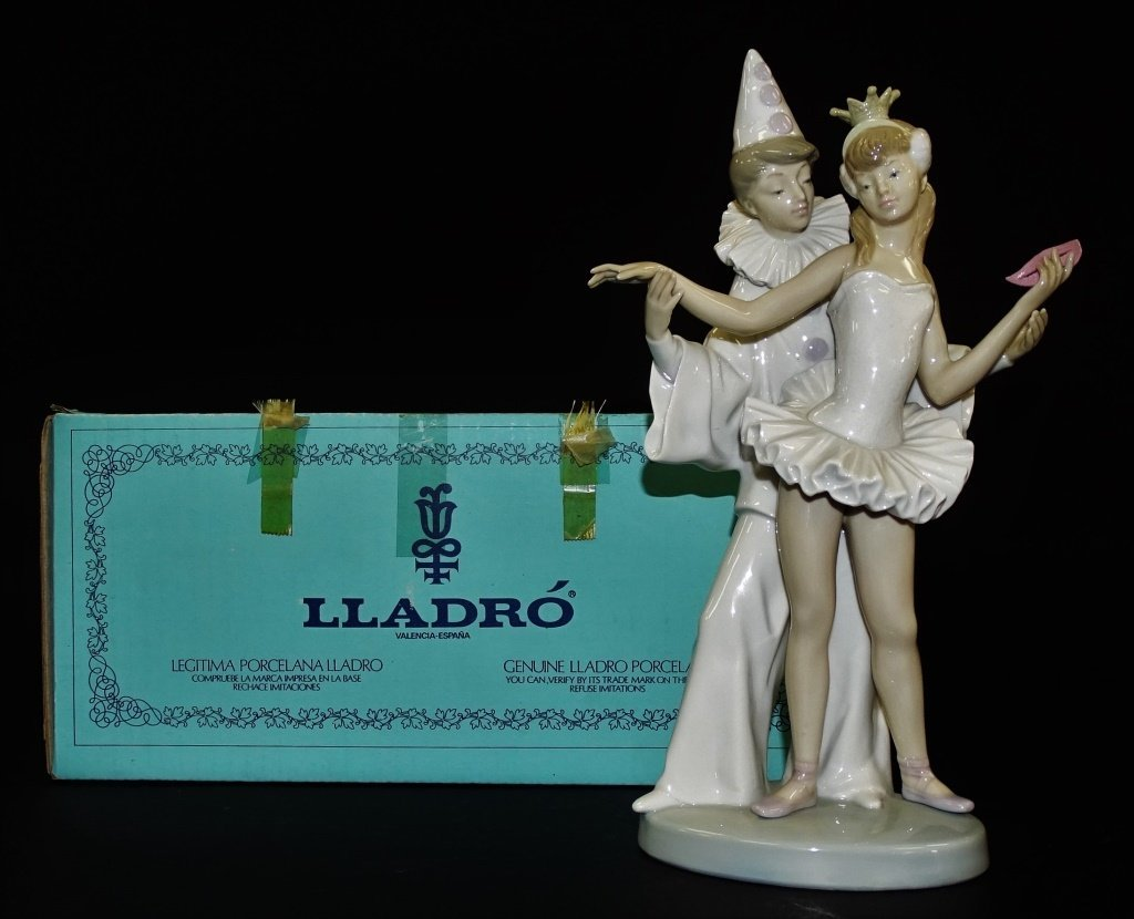 LLADRO PORCELAIN 'CARNIVAL COUPLE' GROUP #4882