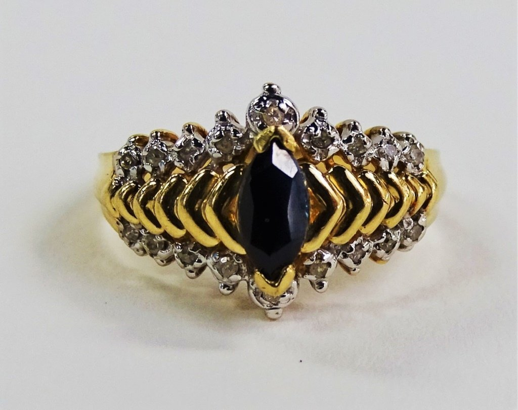 LADIES ELEGANT 10KT YG DIAMOND & SAPPHIRE RING