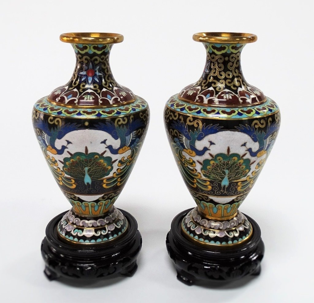 PAIR OF CHINESE CLOISONNE VASE - 2