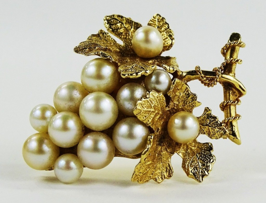 LADIES 14KT YELLOW GOLD GRAPE BUNCH PIN/BROOCH