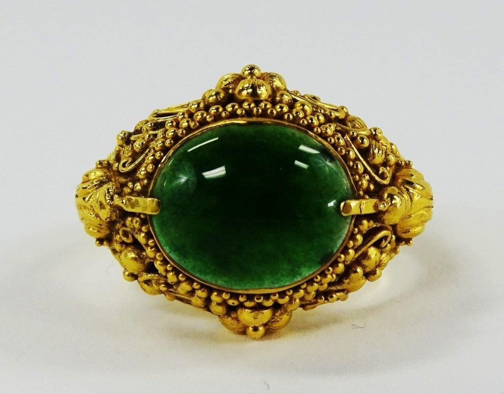 MEN'S 22K YELLOW GOLD & GREEN JADE RING