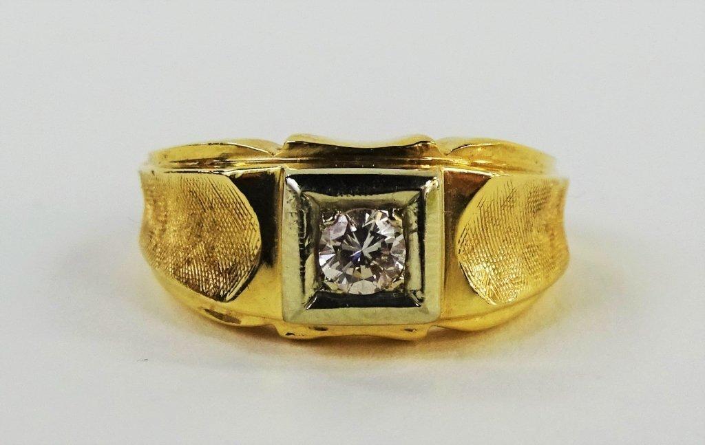 MENS DECO 14KT YELLOW GOLD & DIAMOND RING