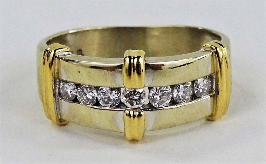 LADIES 14KT TWO TONE GOLD & DIAMOND RING