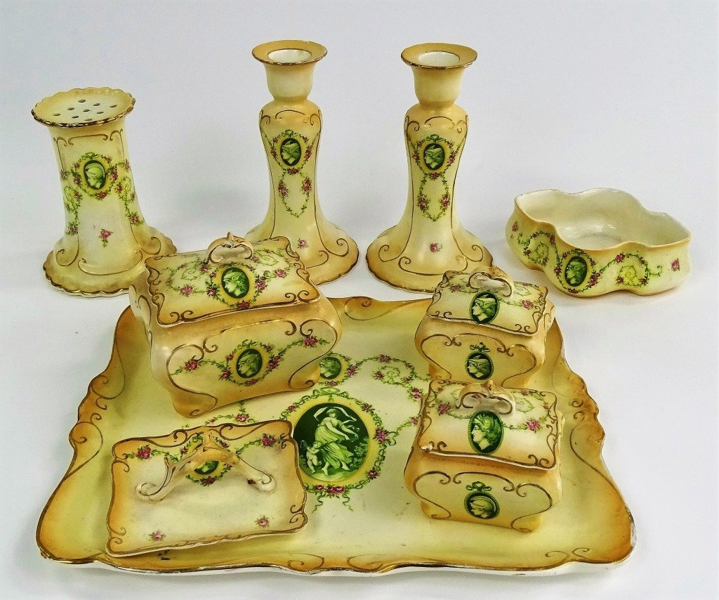 9PC SAM FIELDING CROWN DEVON PORCELAIN VANITY SET