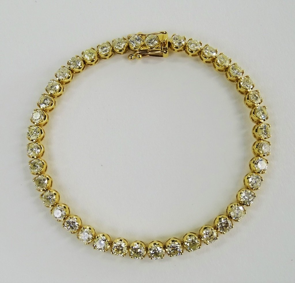 LADIES 18KT YG 8.52CT DIAMOND TENNIS BRACELET