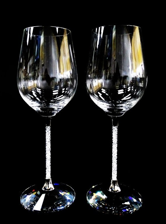 SIGNATURE SWAROVSKI 'CRYSTALLINE' WINE GLASSES w/ BOX - 4
