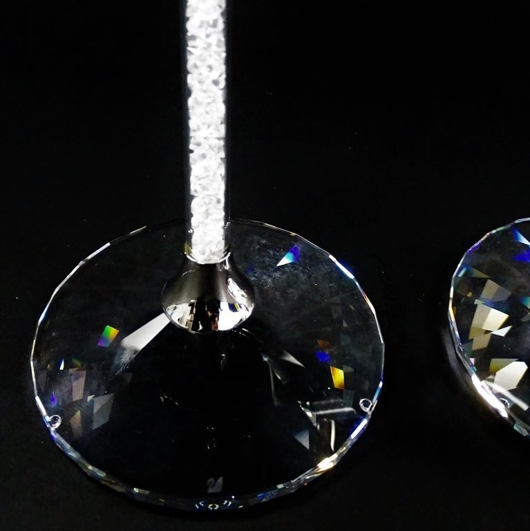 SIGNATURE SWAROVSKI 'CRYSTALLINE' WINE GLASSES w/ BOX - 5