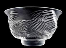 LALIQUE MOLDED  FROSTED CRYSTAL KELAPA BOWL
