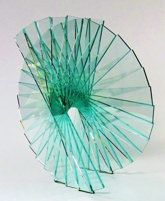 "RUNSTADLER GLASS SCULPTURE ""SPIRAL MOTION"""