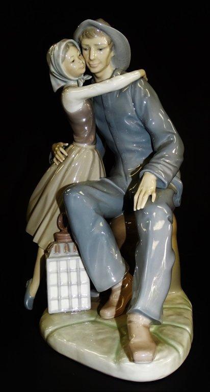 LLADRO PORCELAIN 'THE KISS' FIGURE GROUP #4888