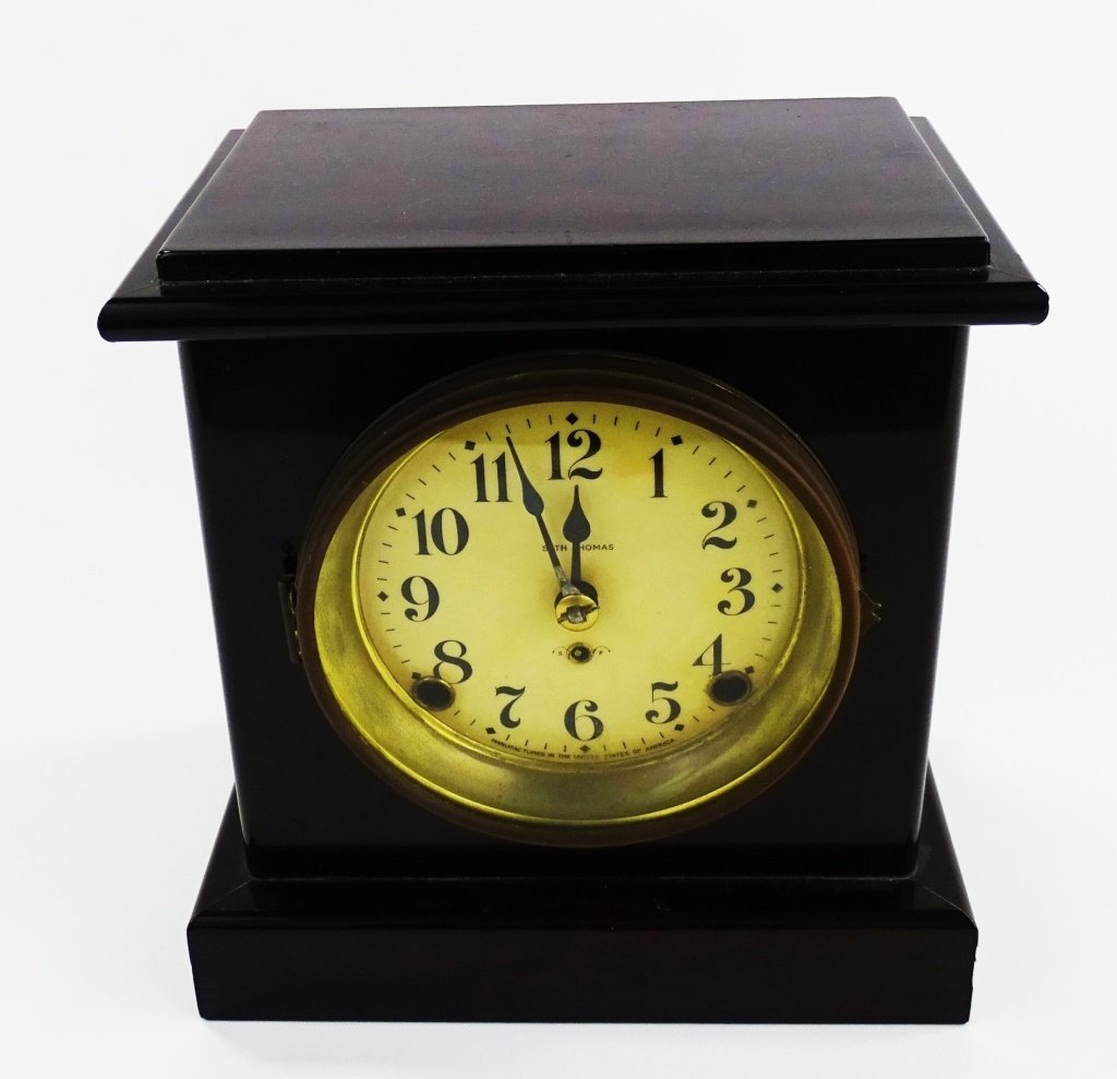 EARLY 20TH C. SETH THOMAS WOOD CASE SHELF CLOCK