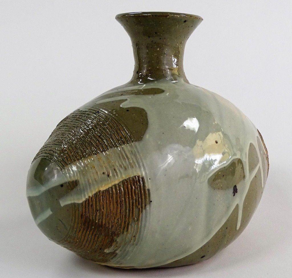 CONTEMPORARY AMERICAN STUDIO POTTERY VASE - 2