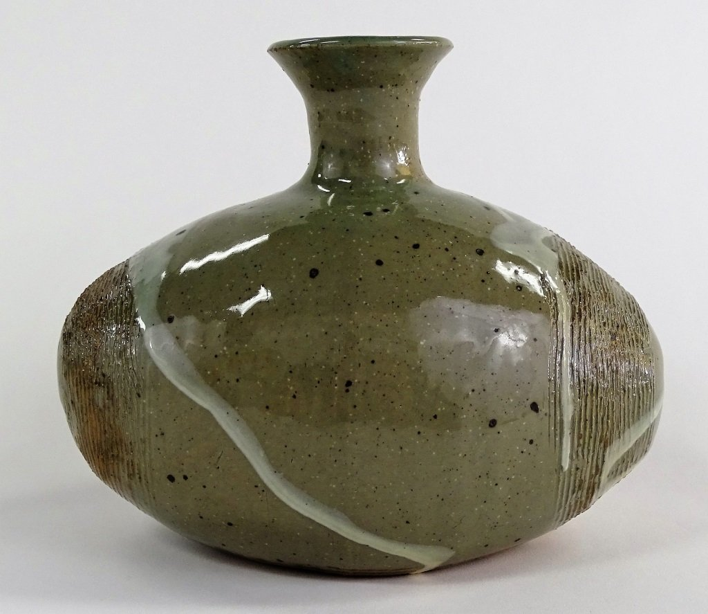 CONTEMPORARY AMERICAN STUDIO POTTERY VASE - 3