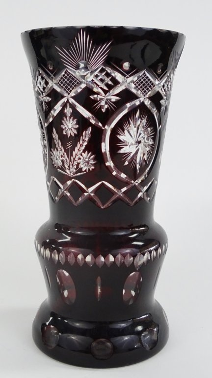 LARGE BOHEMIAN ETCHED RED CUT TO CLEAR VASE - 3