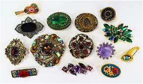 LARGE COLLECTION VINTAGE COSTUME PINS SOME SIGNED