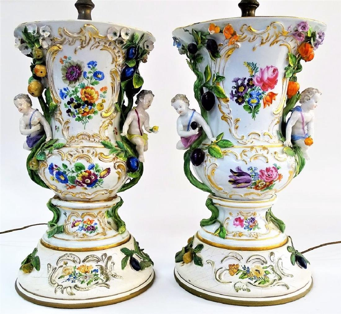 PR CONTINENTAL PORCELAIN PUTTI LAMPS