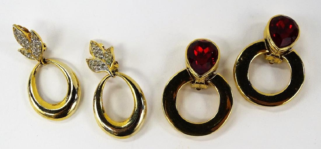 LOT OF DESIGNER GIVENCHY WOMANS COSTUME JEWELRY - 2
