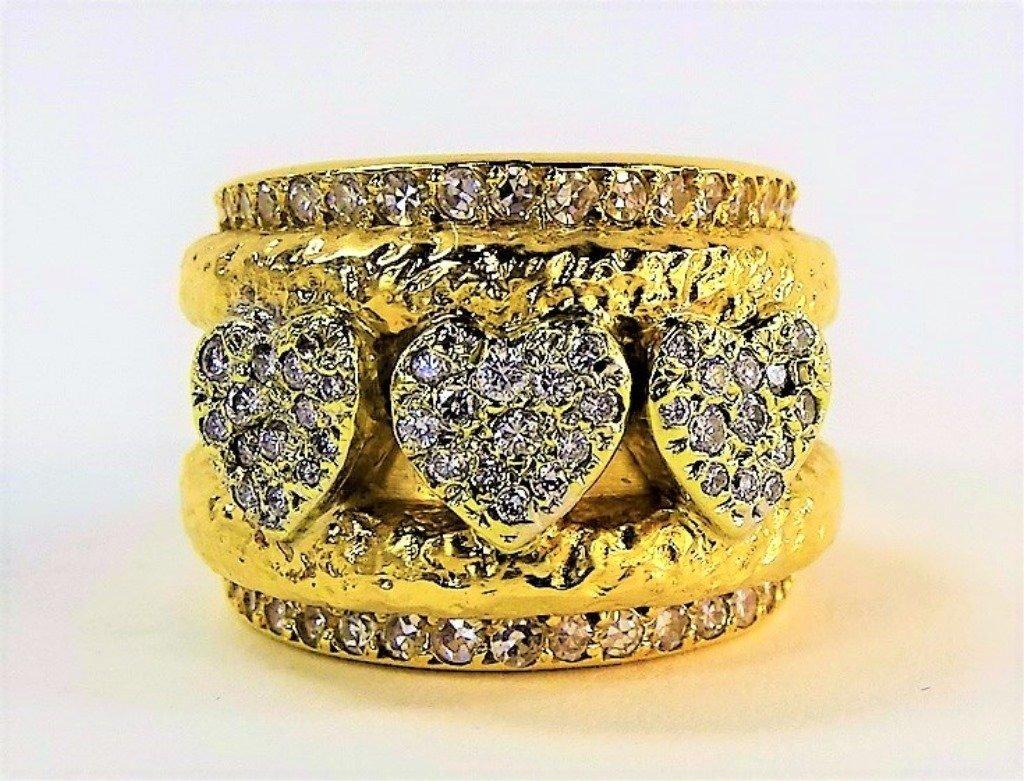 LADIES EXTRAVAGANT 18KT GOLD DIAMOND HEART RING