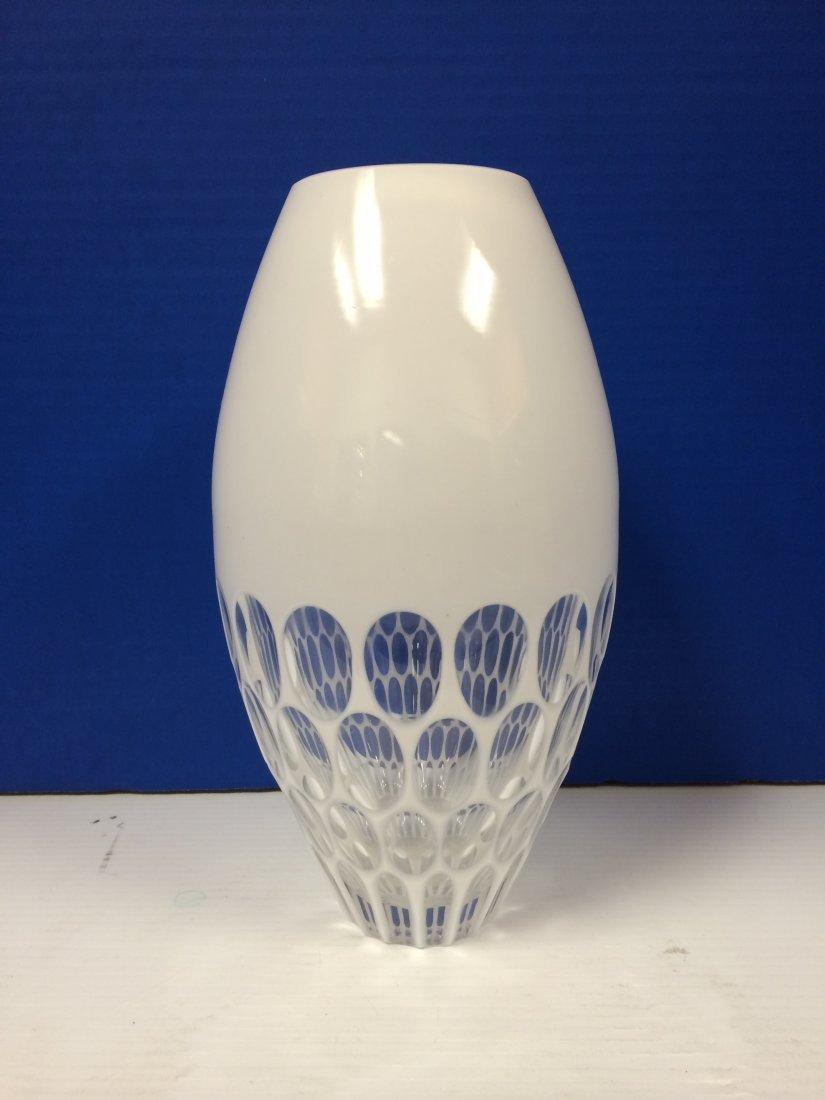 "24% Lead Crystal Hand Made White Modern Vase H-10.5"""