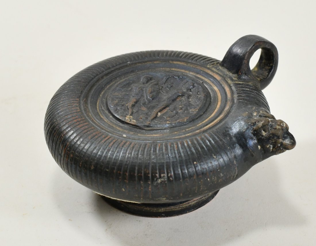 An Apulian Black-Glazed Pottery Ghuttos