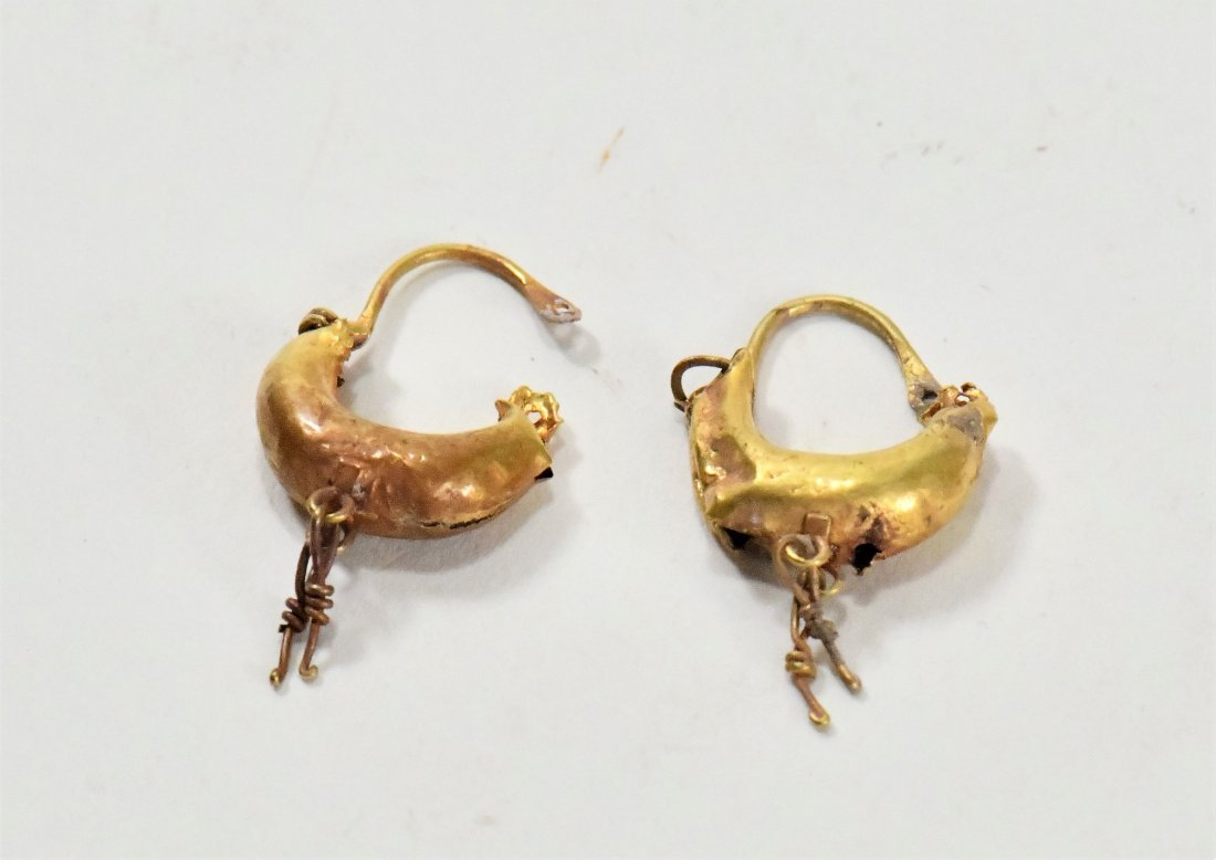 A Pair of Greek Gold Earrings - 2