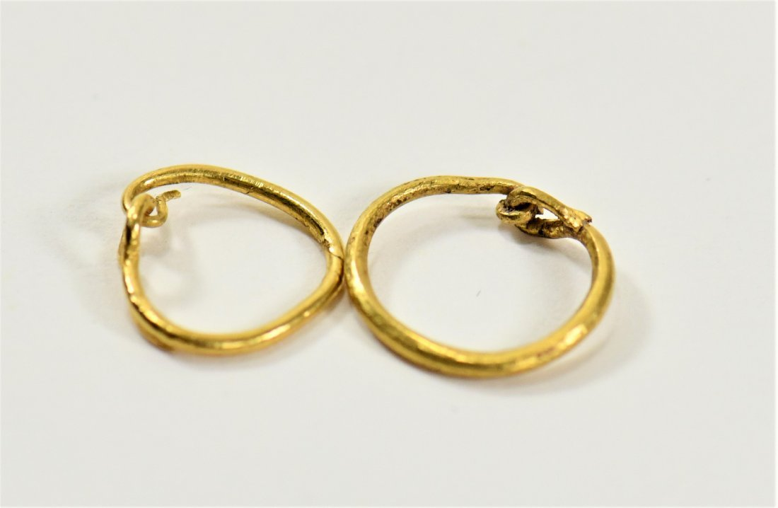 A Pair of Matched Roman Gold Earrings
